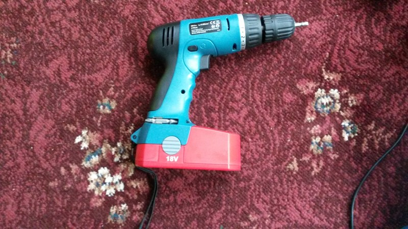 Battery Screw Gun